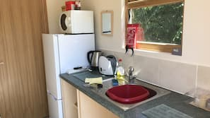 Full-sized fridge, microwave