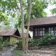 Donsak Orchid Resort