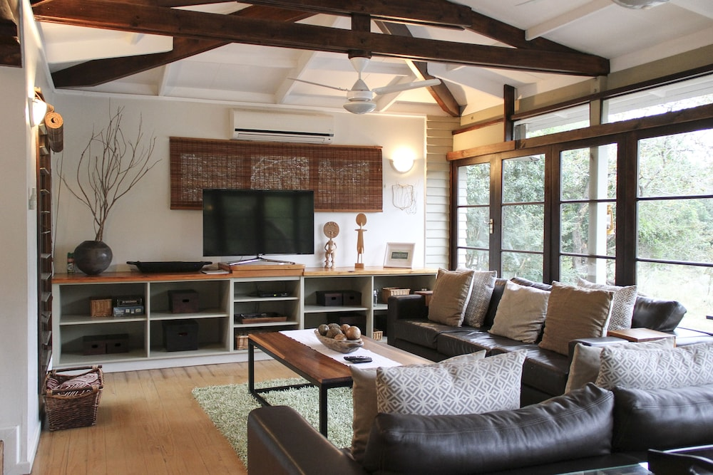 Living Area, Khangela Private Game Lodge