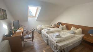 Hochwertige Bettwaren, schallisolierte Zimmer, Bügeleisen/Bügelbrett