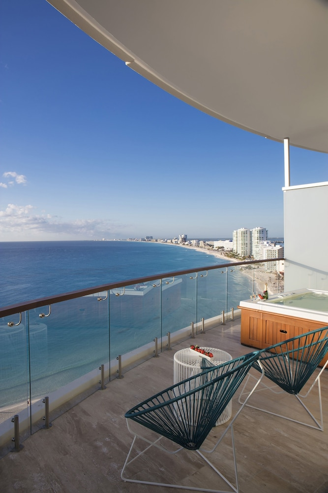 Balcony, Reflect Krystal Grand Cancun - Optional All Inclusive