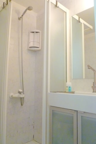 Bathroom, Tamar - 1BR Cottage In A Peaceful Garden- Central Location