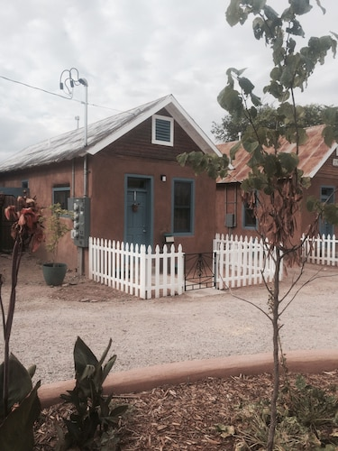 Restored 19th Century Adobe Casita, The Silversmiths House