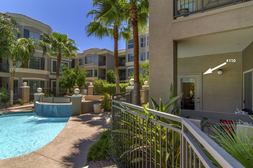 Resort Living Walking Distance To Asu And Mill Ave Pool Hot Tub Phoenix 2018 Reviews Hotel Booking Expedia My