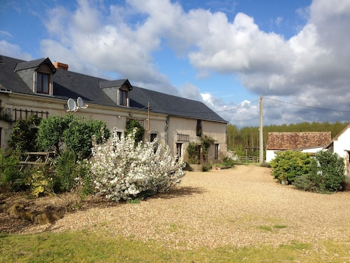 Beautiful Converted Barn With 4 Bedrooms, 4 Shower Rooms off the Beaten Track