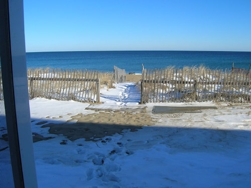 Salisbury Beach Escape Familes Only No Pets Best Deal At The