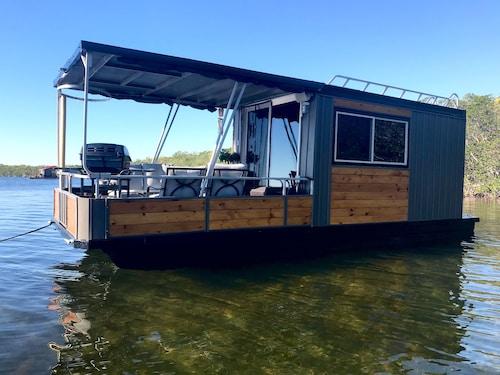 Top Florida Keys Houseboat Rentals Sail Away At 229 Travelocity