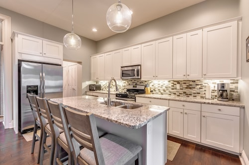 Modern, Easy Living in Beautiful Soulard