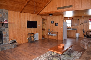 Cozy Cabin At Little River Canyon Scottsboro Room Prices