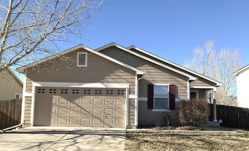 Great Place to stay Nice Ranch Home 3 Bedrooms 2 Bathrooms 1200 sqf near Colorado Springs