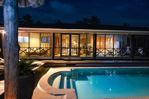 Villa to rent Pacific Harbour.  Stylish and spacious .