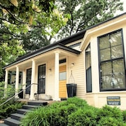 Gorgeous! Historic Charm-modern Elegance Downtown/w7th Convenience!