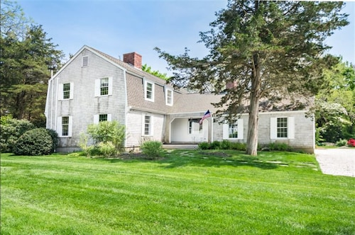 Great Place to stay Newly Renovated Dream Home.guarantee it Becomes an Annual Renewal! near Westerly