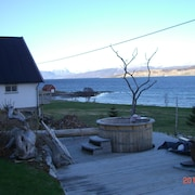 Top Modern Holiday House With all Amenities in Idyllic Surroundings by the sea