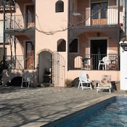 Holiday Home, Pool & Wifi in Lecrín. Charming Apartment, Granada/costa Tropical