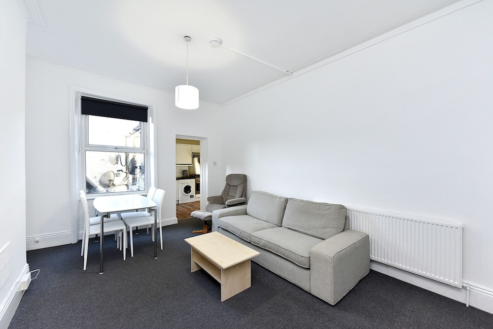 Cool Large 2 Bedroom Apartment In Central Crouch End London N8 Home Interior And Landscaping Ologienasavecom