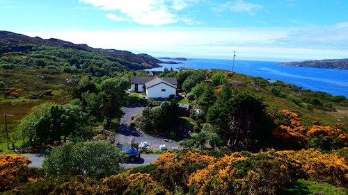 NC 500 Lochinver Self Catering Cruachan Holiday Home