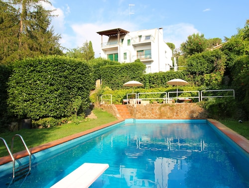 Modernist Villa With Private Pool Rome 20 Minutes Away Overlooking National Park