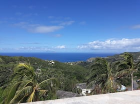 Spacious 1 bedroom Apartment to rent in Montserrat West Indies.
