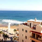 Sea View, Costa Blanca, Close to Shops, Restaurants, and Beach 45m