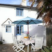Gorgeous Historic Coastal Cottage in West Wittering Oozes Character and Charm
