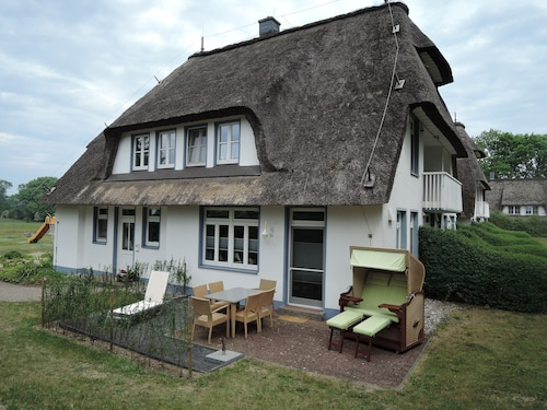 Thatched Roof, 2 Floors, 82m² Private Terrace, Wifi, 6 Pers., 2 Bed-z, Large Bathroom,