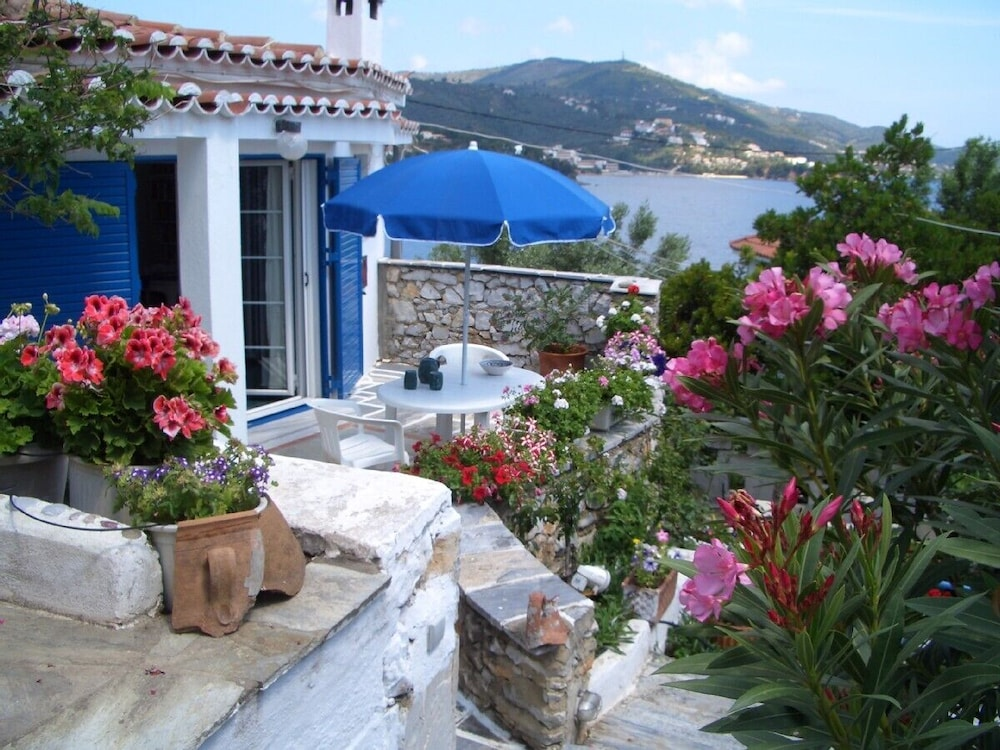 Luxury Villa In Flower Paradise With Private Beach In Skiathos