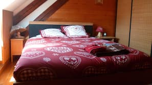 1 chambre, lits bébé, Wi-Fi, draps fournis