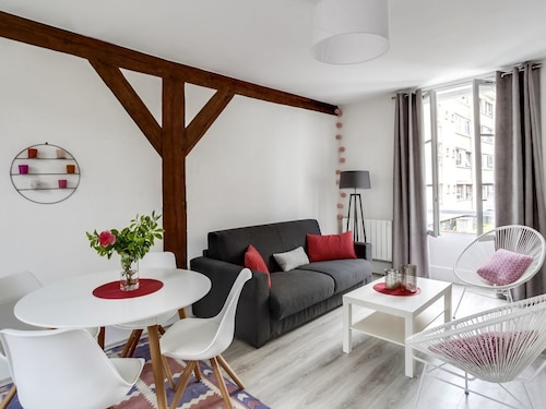Charming Apartment Fontainebleau Sweet Home in the Center of Fontainebleau