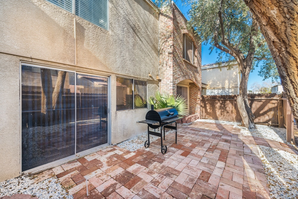 Balcony, 3 Bedroom Townhouse by the Strip
