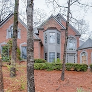 Grand Home Near Lake Lanier and the Chattahoochee