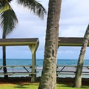 North Shore Beachfront, Long Term Rental. 30 Nights or More. $2300/month