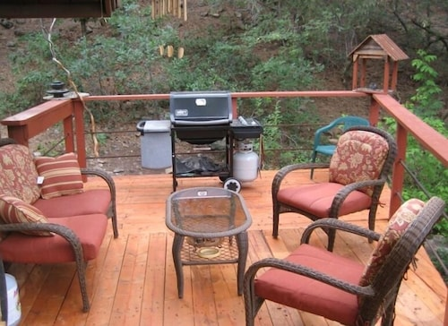 Terrace/Patio, Mineshaft, Creek Front, Hot Tub, Close to Town, Ski Area 20 Miles
