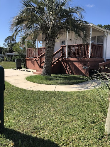 Handicapped Accesable 3/2 Near Navy Base-beaches-shopping-restaurants-golf
