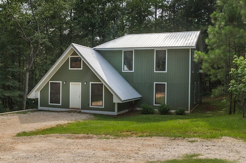 Awesome Lakefront Lakehouse Cabin In Lagrange