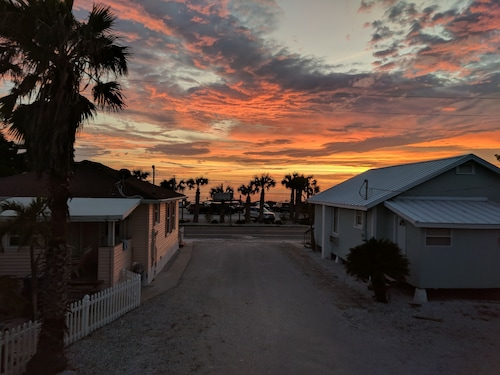 Best Anna Maria Island Cottages for 2019: Find Cheap $122 Cottage