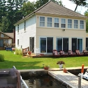 Waterfront - 'nirvana' - Seasonal Cottage June - Sep. Family Friendly