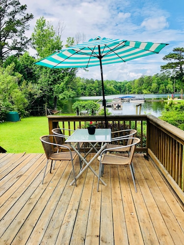 Lakefront Home On Beautiful Lake Murray In Columbia Hotel Rates Reviews Orbitz
