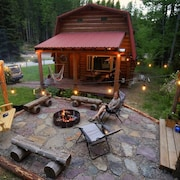 Wonderful Cabin Bordering Glacier National Park and Great Bear Wilderness