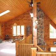 Spring 2019 Specials!! Drooly Bear Cabin: Your Raystown Lake Getaway!