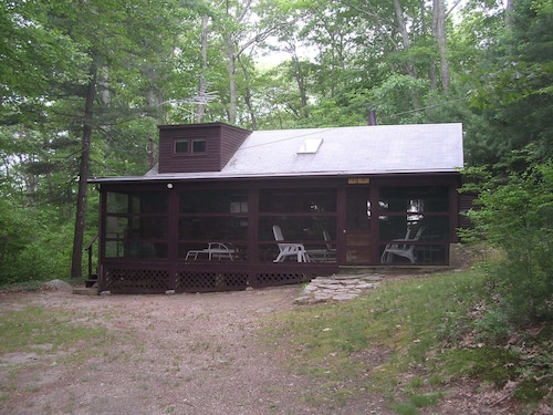 Lakeside Vacation Cottage, Weekly Rental