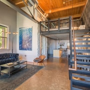 Modern Loft/townhome Located in Downtown Denver