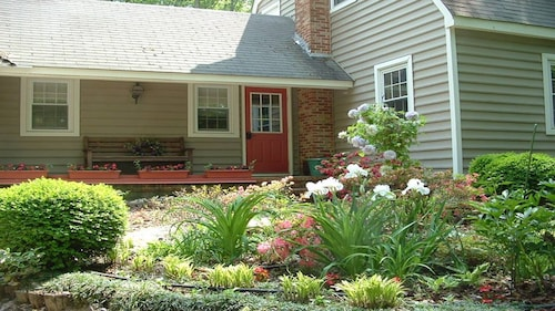 Great Place to stay James River Beach, Country Living + The Amenities Of Williamsburg near Surry