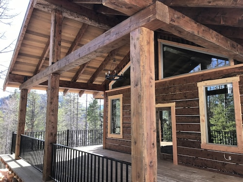 Enjoy the Quiet of Mt@spoon Lake Cabin Brand New Custom Home Every Amenity