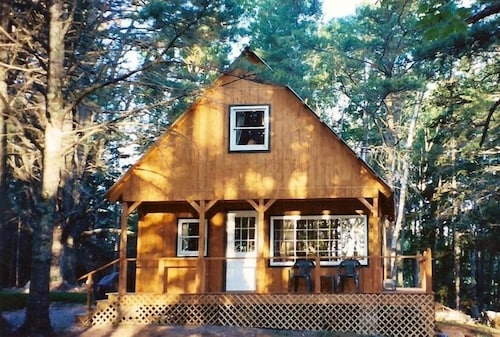 Best Cabins in Bangor for 2019: Find Cheap $74 Cabins Rentals