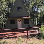 Cozy A-frame on Beautiful Lake Bob Sandlin, Pittsburg Texas