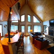 Exceptional Chalet Near Harbor, Nubs Nob and Boyne Highlands Ski and Golf Resort