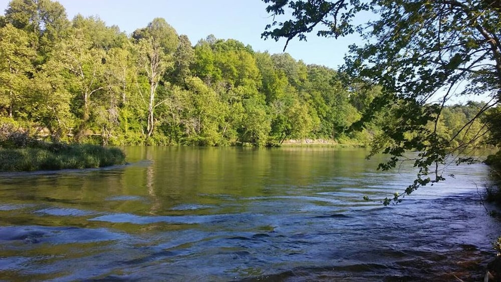 South Holston River Cabin, Bluff City: 2019 Room Rates