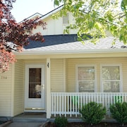 Best Home for Family Relaxation and Close to Bsu!