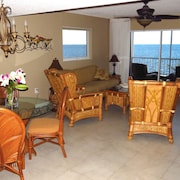 Outstanding Oceanfront Condo On The Beach With A Pool!!
